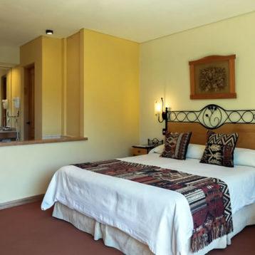 Habitación Doble Matrimonial - Hostería Antuquelen